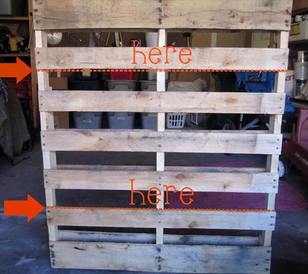 DIY Wooden Pallet Bookshelves Tutorial 99 Pallets