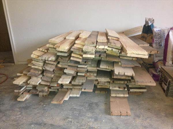 Diy Pallet Flooring Pallet Interior Improvement 99 Pallets