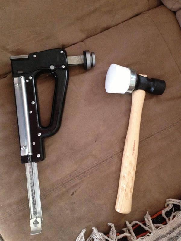 tool used in pallet flooring