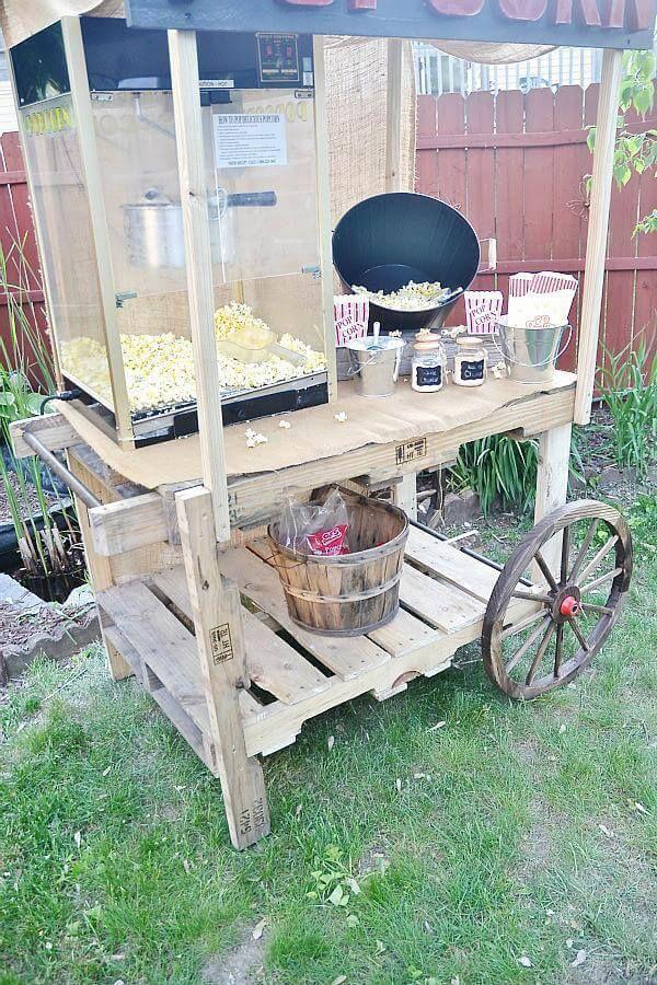 diy pallet popcorn stand