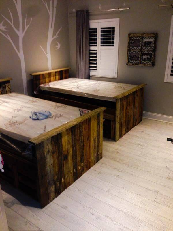 upcycled pallet beds with storage