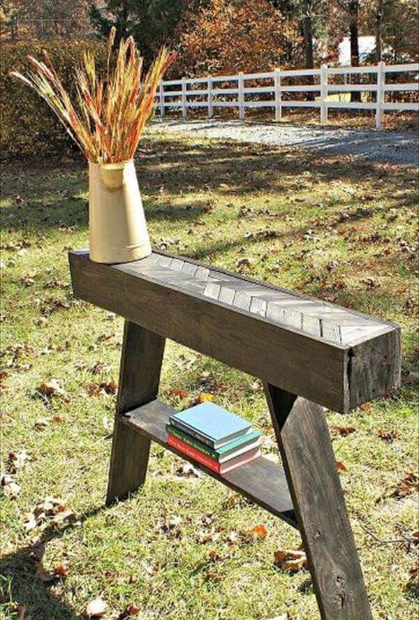 recycled pallet chevron entry table