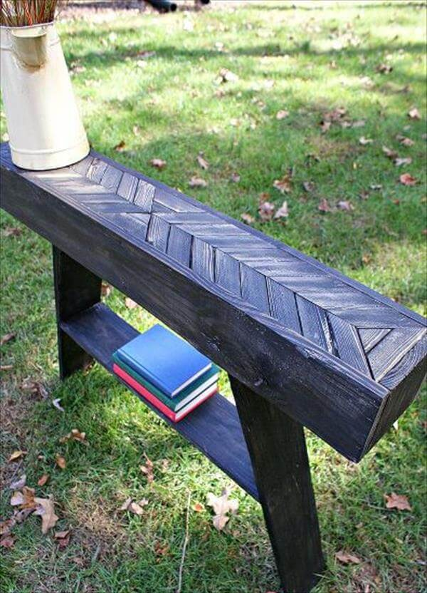upcycled pallet chevron entry way table