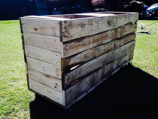 recycled pallet composite bin