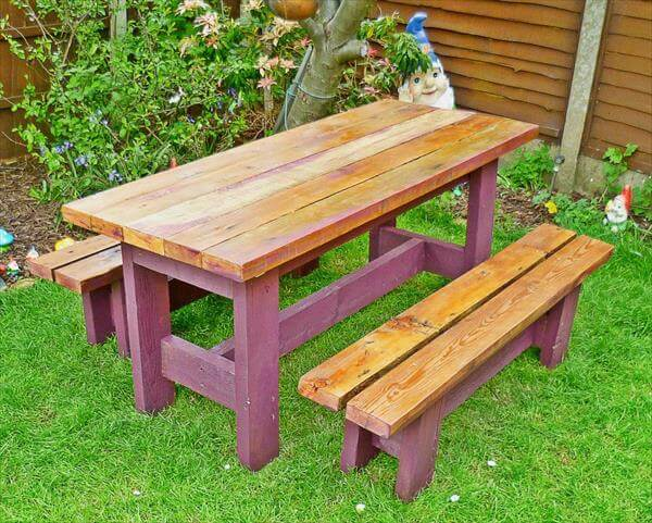 reclaimed pallet garden table and benches