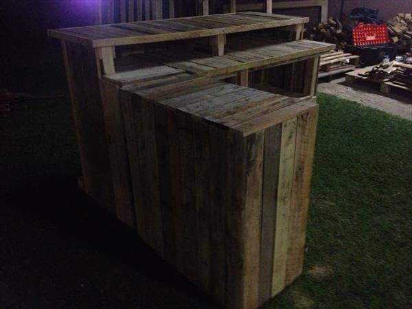 rustic pallet outdoor bar
