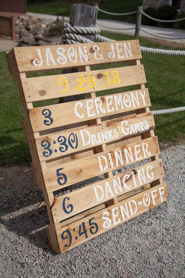 recycled pallet sing for wedding