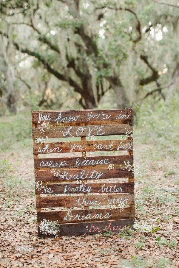 10 DIY Pallet Sign Ideas For Wedding 99 Pallets