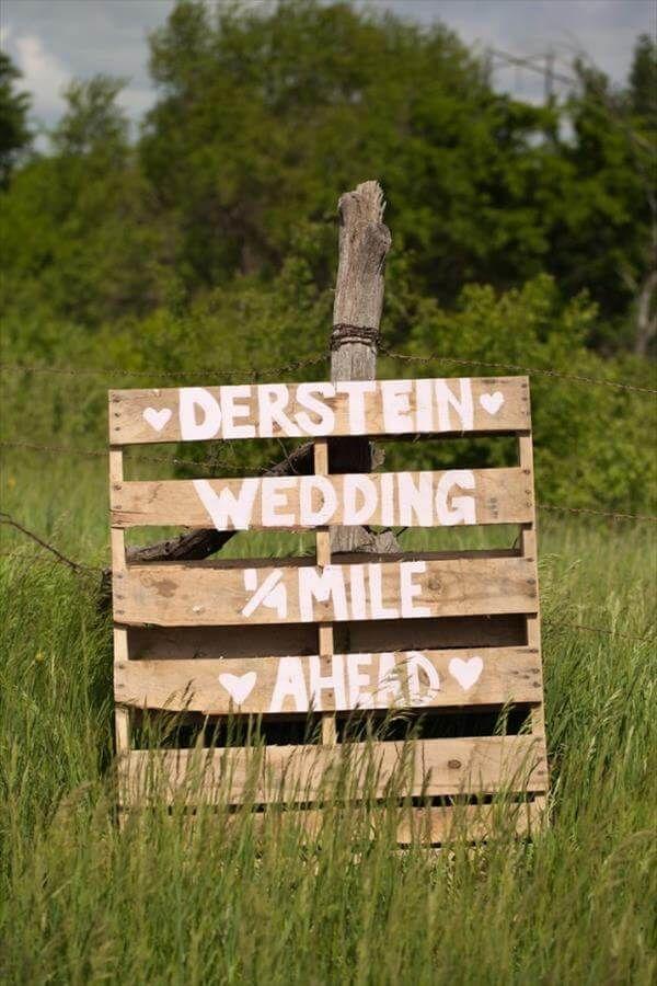 10 DIY Pallet Sign Ideas For Wedding | 99 Pallets