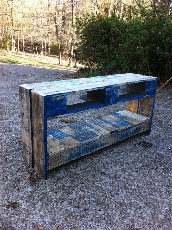 resurrected pallet storage bench