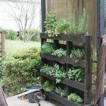 DIY Wood Pallet Herb Garden Tutorial
