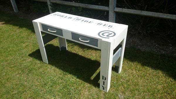 handmade diy pallet end table