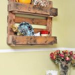 DIY Rustic Pallet Decorative Shelf