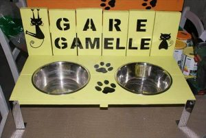recycled pallet cat bowl holder