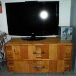 DIY Pallet Media Console and TV Stand: Tutorial