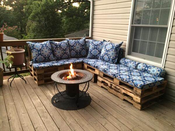 ... DIY Pallet Sectional Sofa For Patio