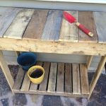 Pallet Potting Bench: DIY