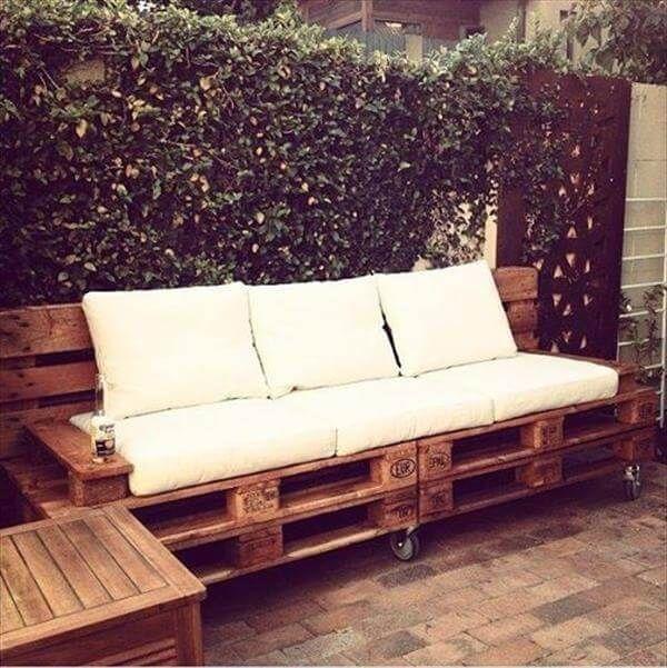 rustic pallet outdoor sofa