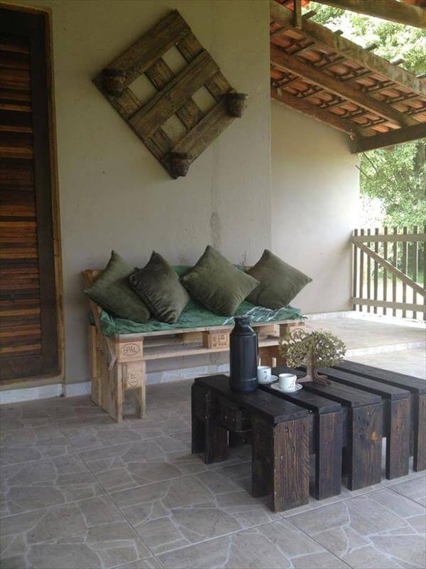 rustic pallet sofa with table