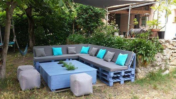 Pallet Sectional Plans 30 diy pallet furniture projects | 99 pallets