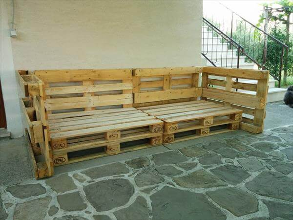 Here is the assemblage of pallet boards to give a rustic frame for ...