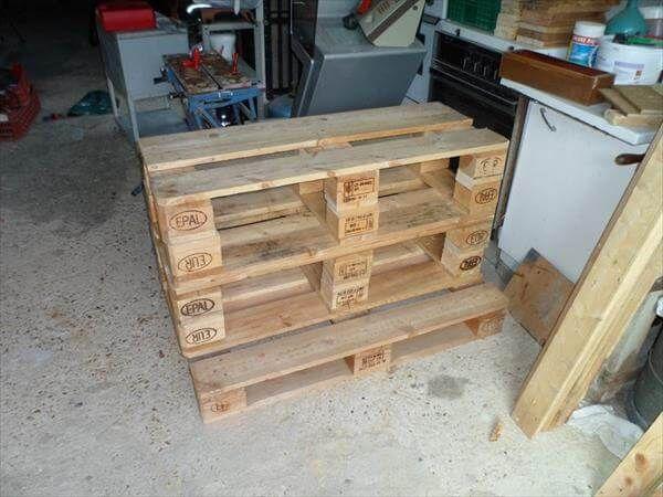 table arrangement of pallet halves