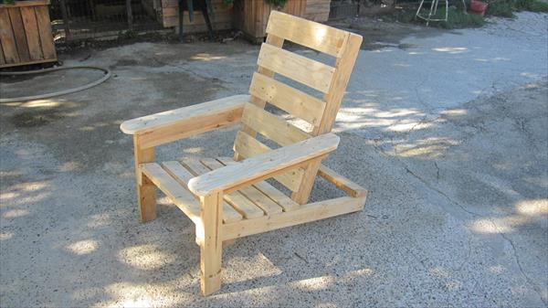 adirondack chairs out of pallets 1