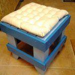 DIY Pallet Sitting Stool