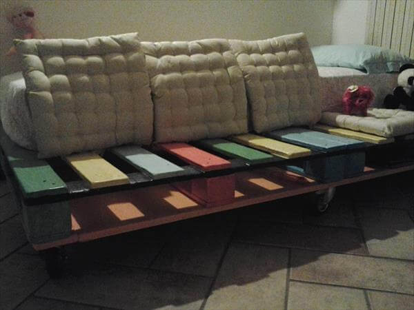 recycled pallet baby bed