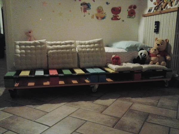 reclaimed pallet wood baby bed