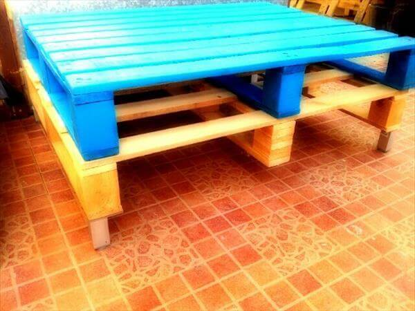 Diy Colorful Pallet Coffee Table With Glass Top