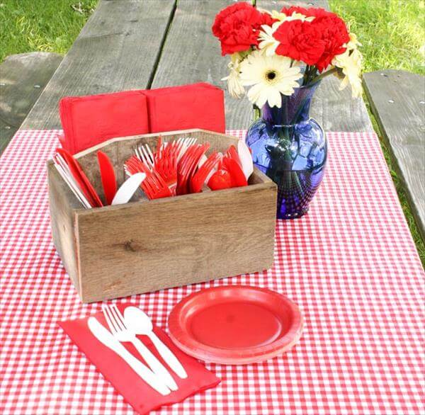recycled pallet buffet caddy