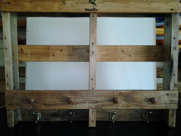 recycled pallet racka and shelf