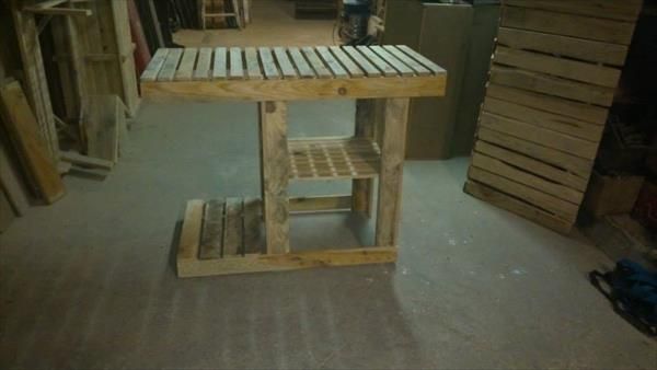 recycled pallet barbeque table