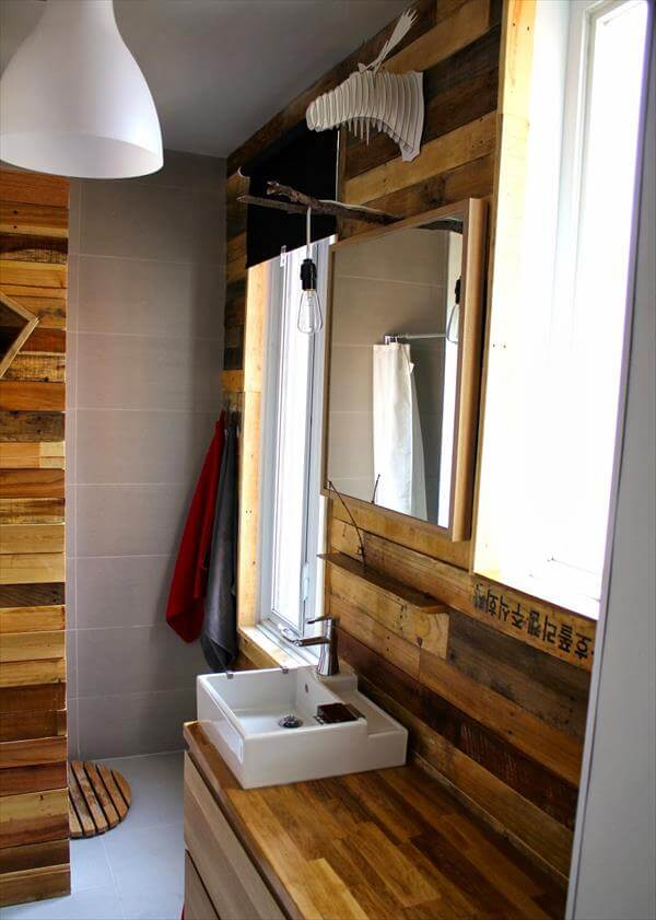diy pallet bathroom wall