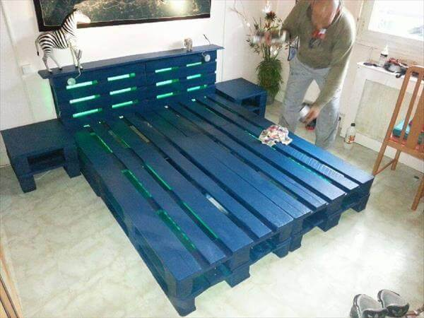 diy wooden pallet bed with lights 99 pallets. Black Bedroom Furniture Sets. Home Design Ideas
