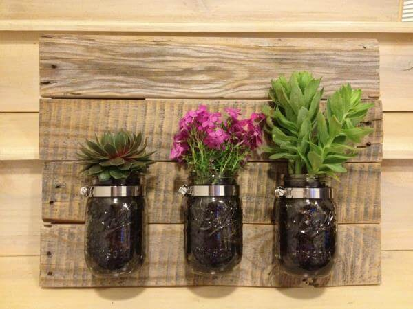 diy pallet mason jar planter idea