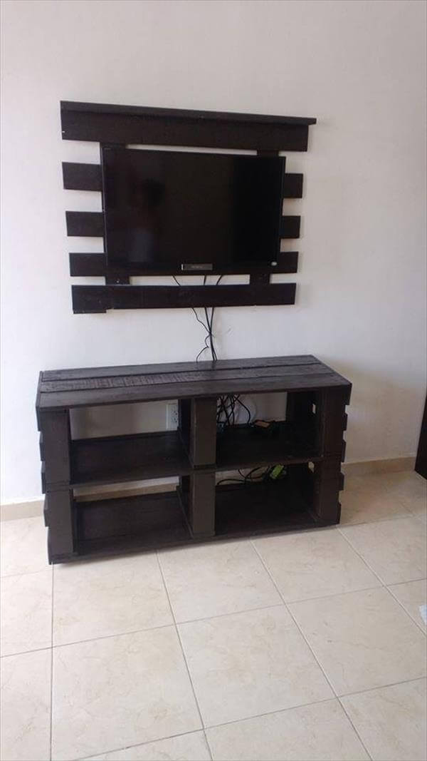 diy pallet media console and tv stand 99 pallets. Black Bedroom Furniture Sets. Home Design Ideas
