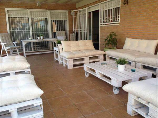Outdoor Patio Furniture Made From Pallets diy outdoor patio furniture from pallets | 99 pallets