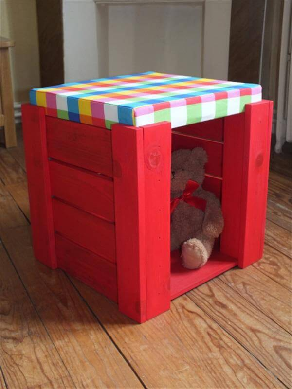 upcycled pallet sitting stool with storage
