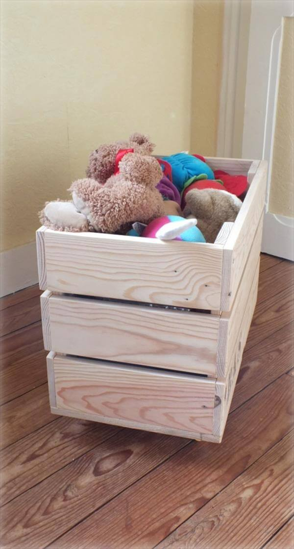 Diy pallet toy storage box 99 pallets for Storage box made from pallets