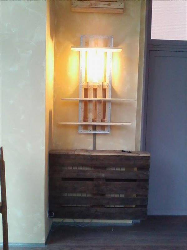 diy pallet wall shelf with pendant lamp