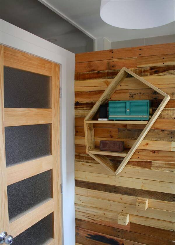 upcycled pallet wood wall and shelf
