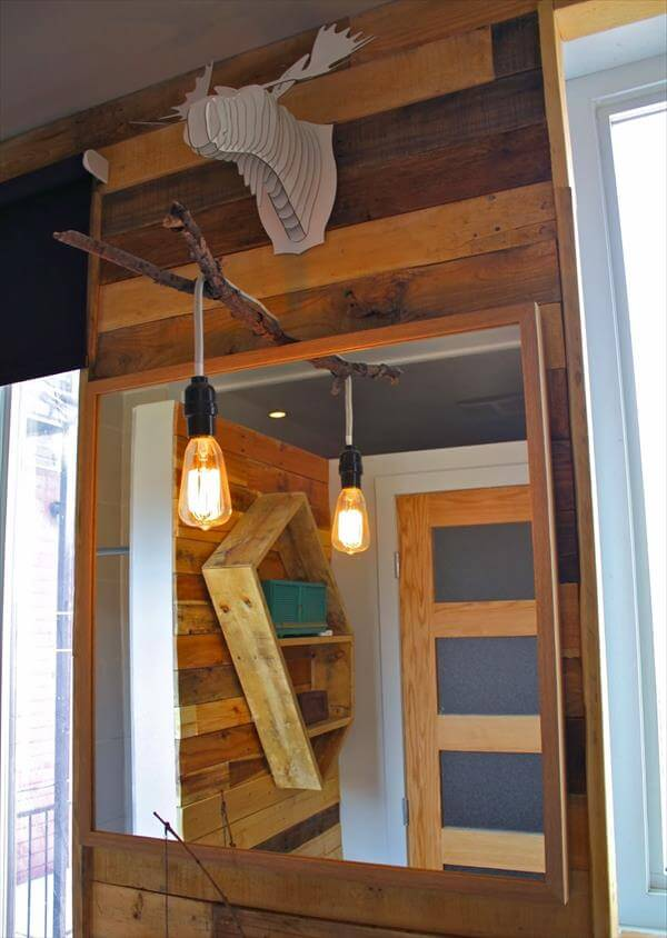 DIY Pallet Bathroom and Kitchen Wall | 99 Pallets