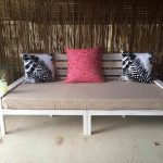 DIY Pallet Wide 2 Seated Sofa and Daybed