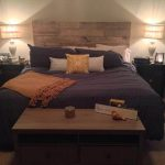 Wooden Headboard out of Pallets