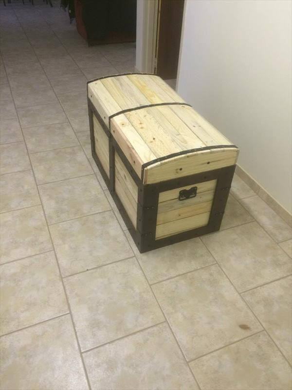 chest made from pallets 99 pallets