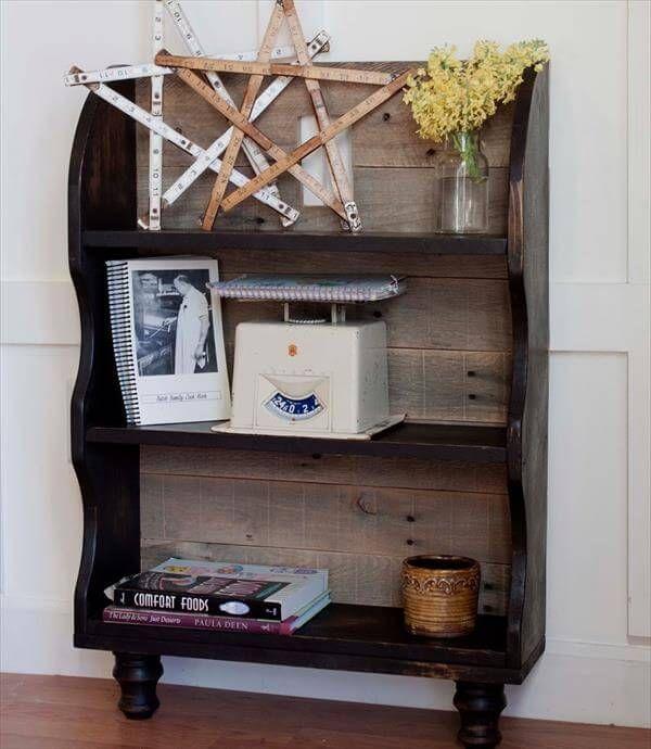 diy revamped pallet bookshelf