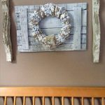 DIY Pallet and Corbels Wall Decor