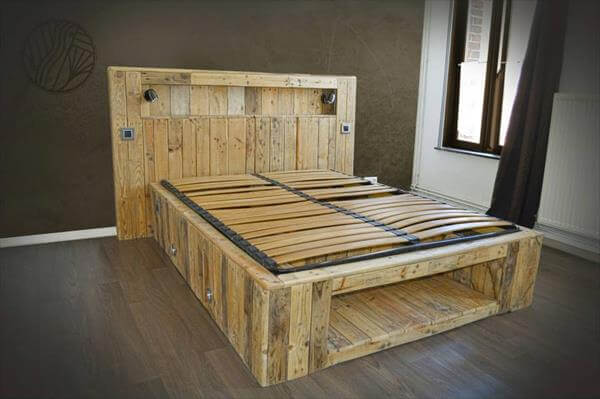 diy pallet bed with lights 99 pallets. Black Bedroom Furniture Sets. Home Design Ideas
